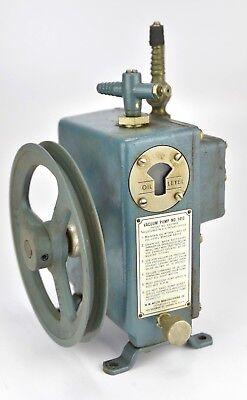 Wegner Vacuum Pump W.m. Welch Mfg Co. Chicago Illinois