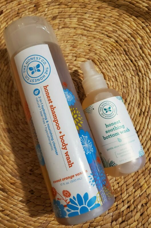 LOT The Honest Company Shampoo & Body Wash AND Honest Soothing Bottom Wash NEW