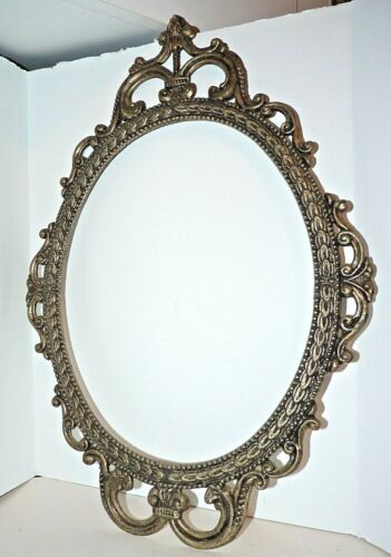 """VINTAGE ORNATE METAL OVAL PICTURE FRAME ITALY 17"""" x 12"""""""