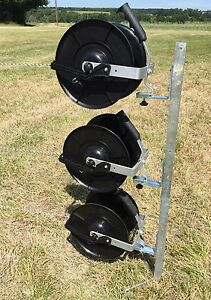 ELECTRIC-FENCE-REEL-KIT-165cm-Mounting-Post-3-x-1-1-Fencing-Reels-Brackets