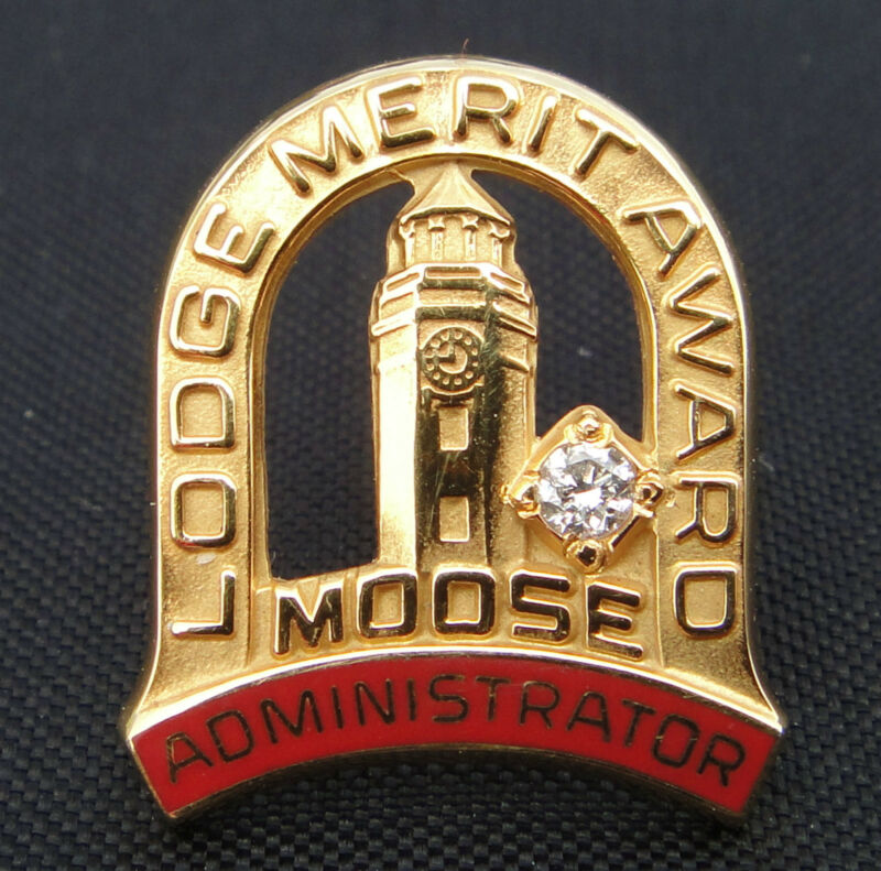 10 K  Moose International Merit Award Administrator Pin - 2 grams Great Price!!