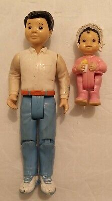 VINTAGE FISHER PRICE LOVING FAMILY DOLLHOUSE ASIAN FIGURES LOT