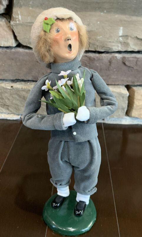 Byers Choice Carolers 1996 Victorian Boy with Flowers