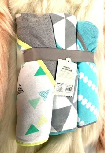 Cloud Island  3-pack Infant Hooded  Towels