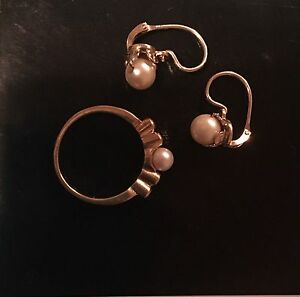 18k gold with pearls and diamonds ring/earrings