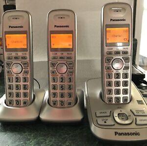 3 téléphones sans-fils avec répondeur Panasonic