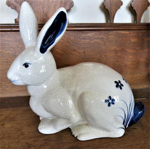 Dedham Pottery Potting Shed Bunny Rabbit White Blue Large 11.5 x 12.5