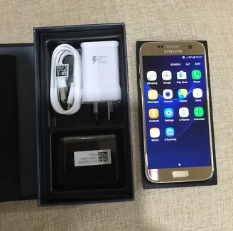 Samsung Galaxy S7 unlocked in perfect condition