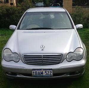 2001 Mercedes Benz C200 Kompressor Elegance sedan Kewdale Belmont Area Preview