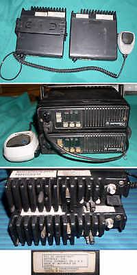 Lot Of 2 Motorola Maxtrac Two Way Radios Model D35mqa5gg6ak Max Trac