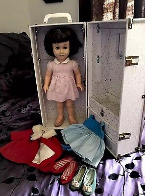 Vintage 2nd Issue Mattel Chatty Cathy Doll Brunette Blue Eyes + Case & Clothes