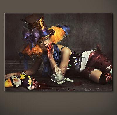 SCARY SEXY CLOWN Leinwand Bild Kunstdruck über Sofa - Sexy Scary Clown