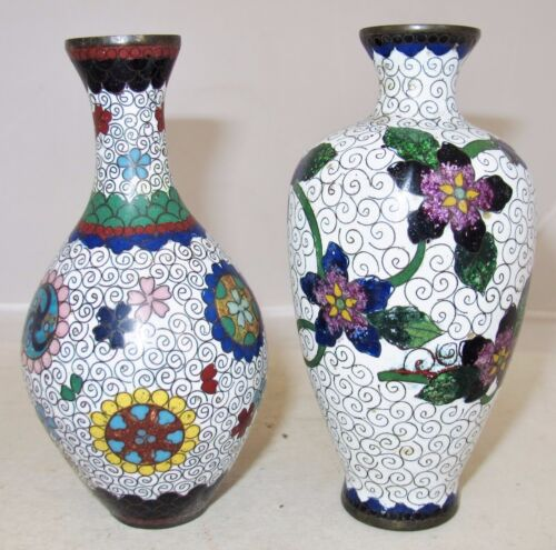 """2 Antique Japanese White Meiji Cloisonne Vases with Flowers  (5.1"""" tall)"""
