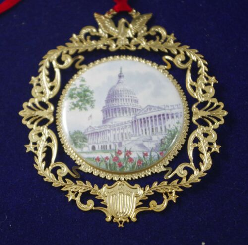 LOT OF 2 US CAPITOL ORNAMENT AND 1996 US CONGRESSIONAL HOLIDAY ORNAMENT