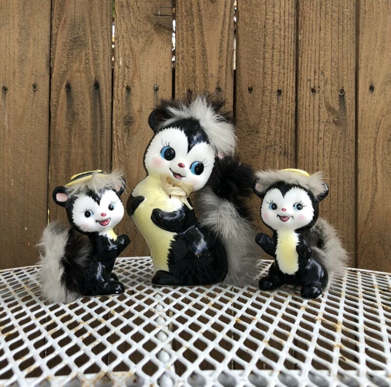 Vintage Ucagco Japan Skunk Set Real Fur Tail Ceramic Figurines Mom & Kids