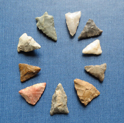 GROUP of 10 INDIAN ARROWHEAD BIRD POINTS - LANCASTER CO PA - NATIVE AMERICAN