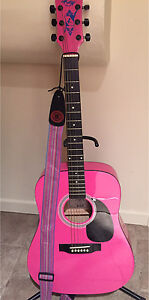 Acoustic guitar-limited edition