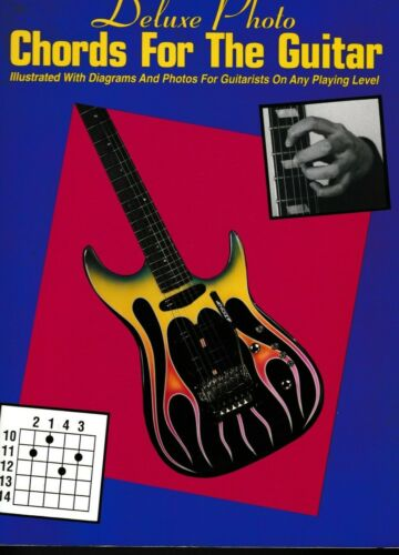 Deluxe Photo CHORDS FOR THE GUITAR - Illustrated/diagrams/photos - Any level