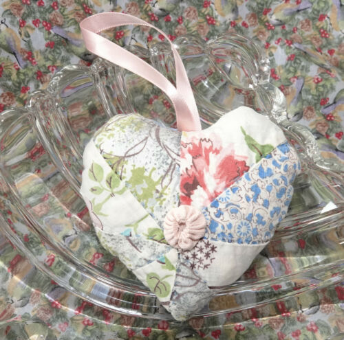 Antique Star Quilt Heart Pillow, lavender sachet  Valentine