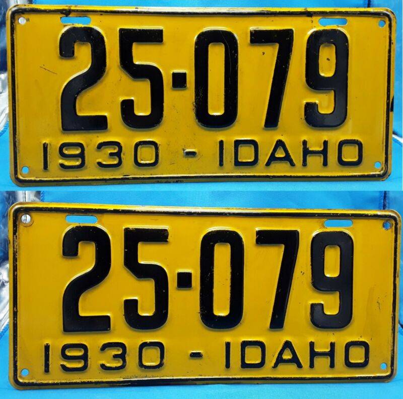 IDAHO - 1930 passenger license plate MATCHED SET - sweeet condition, check video
