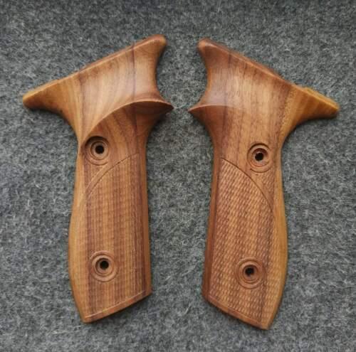 Margolin pistol, the grips of wood walnut