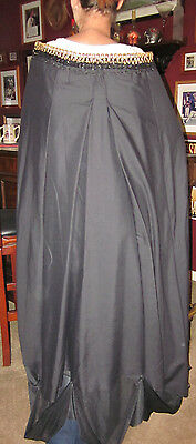 HALLOWEEN Cape VAMPIRE WITCH PRINCESS Handmade a - A Vampire Halloween