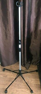 Used-pitch-it Sr Iv Pole By Sharps Double Hook Folding Portable Roller Stand
