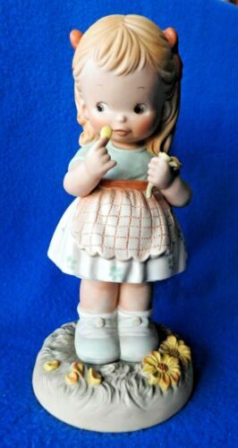 "Enesco Memories Of Yesterday 1990 He Loves Me  9"" Large Figurine 525022"