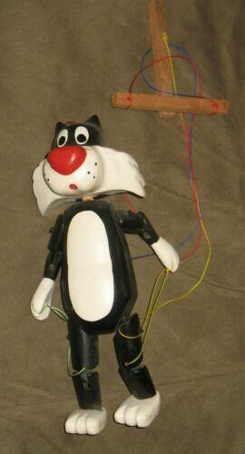 Vintage Warner Brothers Looney Tunes Tweety Bird Sylvester Cat marionette Puppet