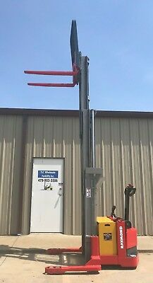 2002 Raymond Dsx40 Walk Behind Forklift Straddle Lift - Very Nice Triple 150