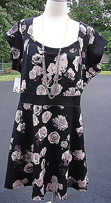 Plus Outfits (Womens Plus Size Outfit Lot 3Pc.- NWT Floral Dress 3X-NWT Necklace &)