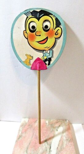 COMICAL GOOGLY EYE PAPER FAN MAN WITH DOG VINTAGE