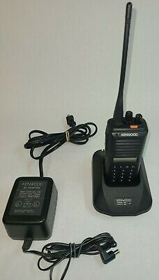 Kenwood Tk-380 Uhf 470-512 Mhz 250ch 4watt Radio With Belt Clip And Charger
