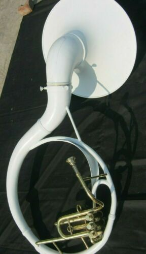 SOUSAPHONE WHITE 22 INCHES BELL OF PURE BRASS MADE +CASE+JUST USED ONCE AS DEMO