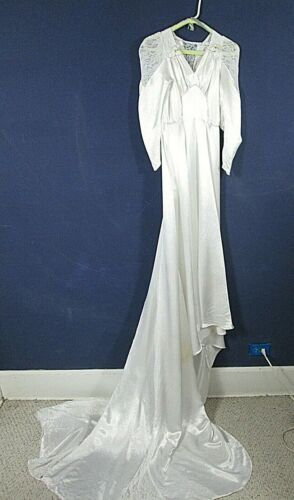 Vintage Victorian Style Gown Satin & Lace Size S