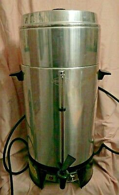 Vintage West Bend 33600 Automatic Coffee Maker - Polished Aluminium 100 Cup Urn