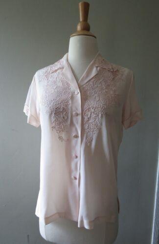 Vintage 1950s Da Fu Gui 100% silk embroidered  light pink blouse size 34