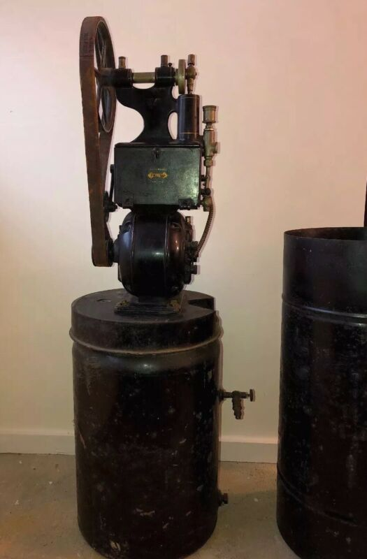 N 34 Antique Pelton And Crane Dental Automatic Air Compressor With Cover.