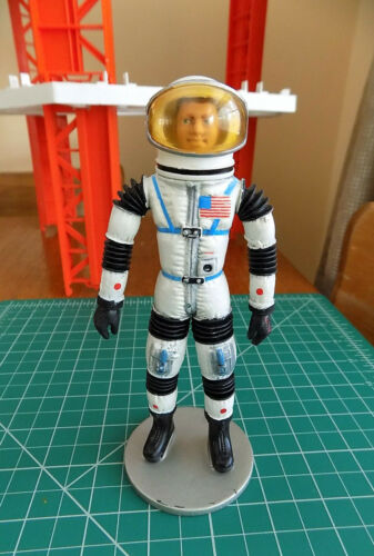 "1966 Mattel MAJOR MATT MASON w/ SPACE HELMET & STAND - ""Man In Space"""