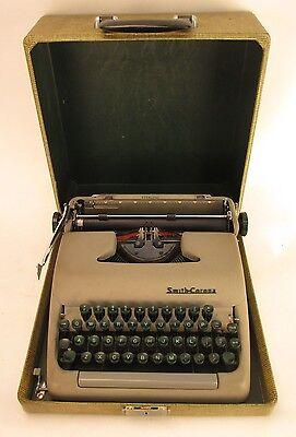 Vintage Smith-Corona Sterling Portable Typewriter 5A585606