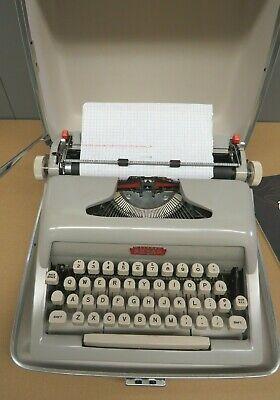 1959 Royal Futura 400 Typewriter With Olive Green Case Manual