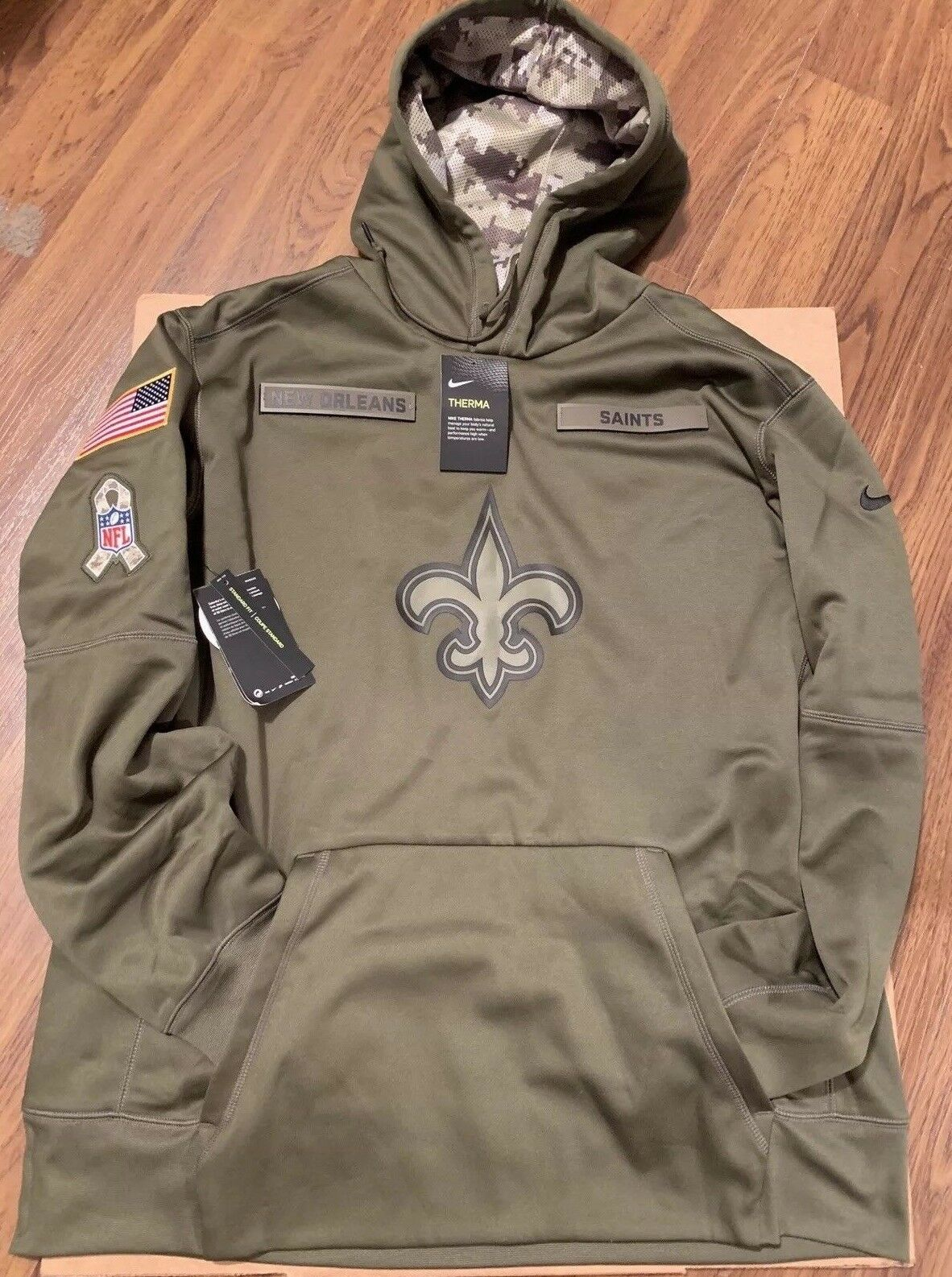 reputable site 53257 05aea LE 2018 Nike New Orleans Saints Salute to Service STS Therma ...