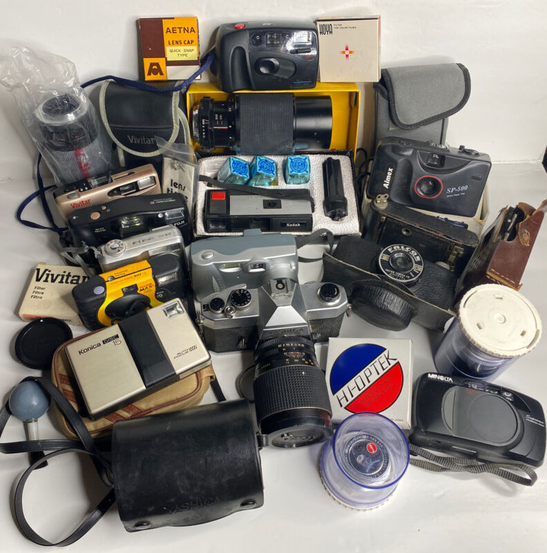 26 Pcs Lot Vintage Cameras & Accessories Collectible Cameras Junk Drawer As-Is