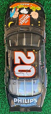 2002 Tony Stewart Home Depot Charile Brown Halloween 1/24 Action Elite Pontiac