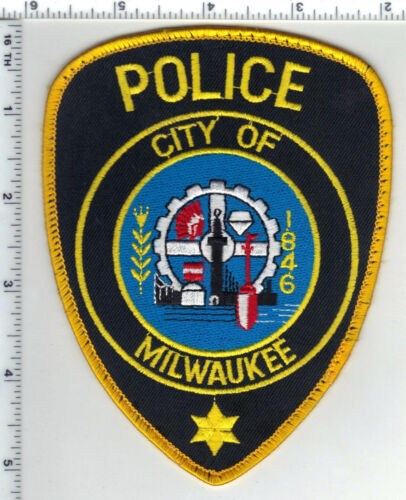 City of Milwaukee Police (Wisconsin) Uniform Take-Off Shoulder Patch - 1980