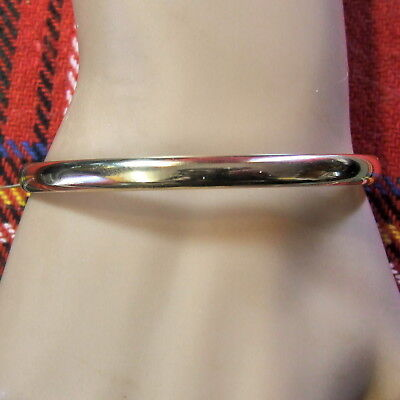 9 ct GOLD  second hand hollow bangle