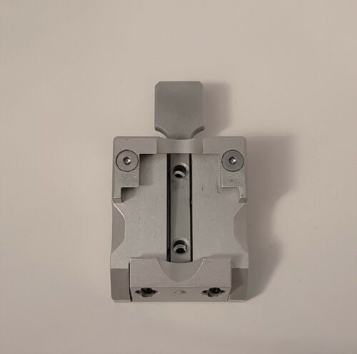 LEICA Microtome Universal Cassette Clamp 14050237999
