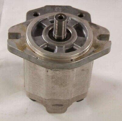 New Snu2.c12dc106mbg Sundstrand Hydraulic Gear Motor