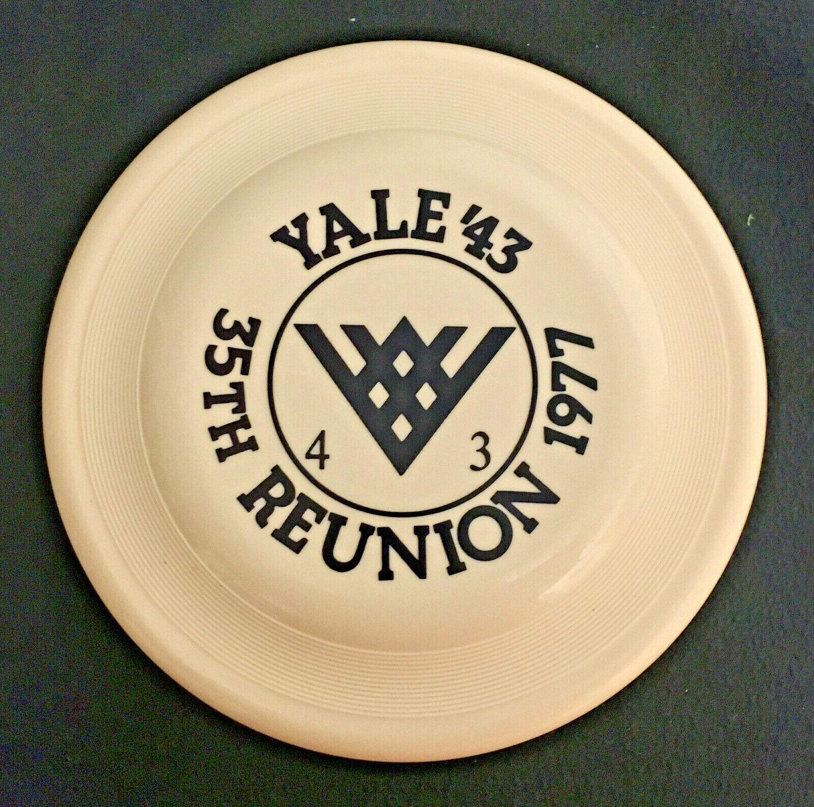 VTG 1977 Wham-o Frisbee Yale '43 35th Class Reunion   FB18.