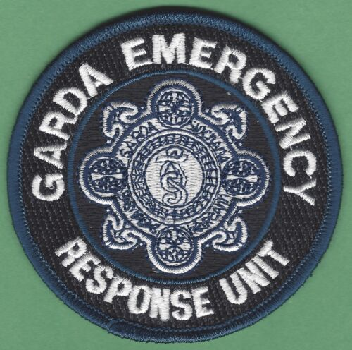IRELAND GARDA SIOCHANA POLICE EMERGENCY RESPONSE UNIT SHOULDER PATCH